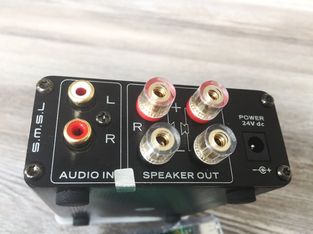 Amp connections
